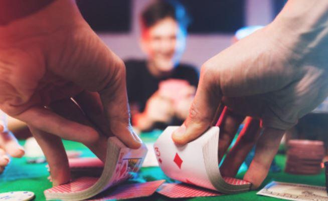 Играть в блэкджек для двоих